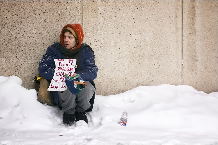 Homeless_in_snow